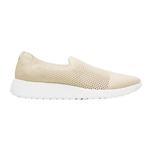 Trend-Sneaker und Wet-Shoe in einem: die modischen Knit-Slipper von Swims/Norwegen. Trend-Sneaker und Wet-Shoe in einem: die modischen Knit-Slipper von Swims/Norwegen.
