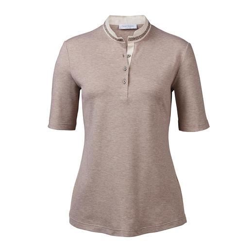 Gran Sasso Edel-Polo So feminin kann ein Polo-Shirt sein. Glitzer-Borte. Leinen-Stehkragen. Taillierter Schnitt. Von Gran Sasso, Italien.