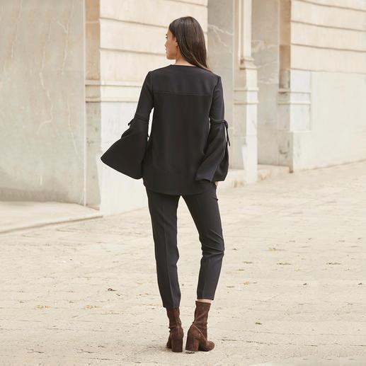 SLY010 24-Stunden-Blusenshirt oder -Hose Der elegante 2-Teiler mit 24-Stunden-Potential. Sogar Konkurrenz für Ihr kleines Schwarzes.