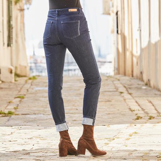 Es gibt sie doch: knackig sitzende Jeans – so bequem wie Ihre Jogginghose. Es gibt sie doch: knackig sitzende Jeans – so bequem wie Ihre Jogginghose. Vom deutschen Hosen-Spezialisten Alberto.