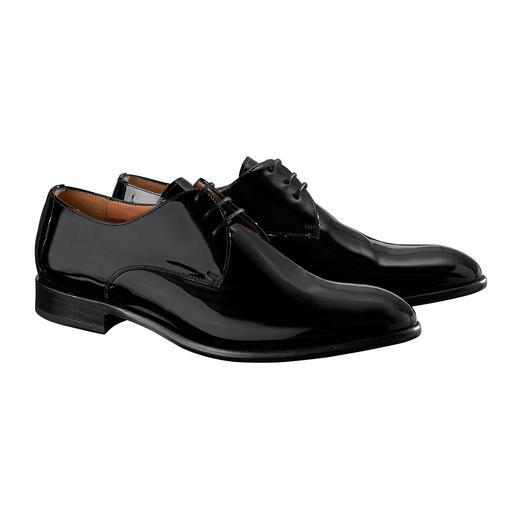 Für einen wirklich guten Lackleder-Schuh müssen Sie nicht mehr als 199,– Euro zahlen. Der wirklich gute Lackleder-Schuh für 199,– Euro. Echtes Leder. Durchgenäht. Made in Portugal.