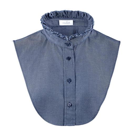 """van Laack Jeans-Kragen Perfekt unter schmalen Pullovern: das """"Betrügerle"""" von van Laack. Lässiger Jeans-Stoff. Elegante Blusen-Optik."""