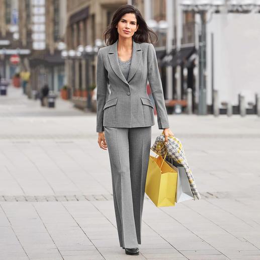 Barbara Schwarzer Anzug-Blazer oder -Hose - Der moderne Klassiker unter den angesagten Power-Suits. Von Barbara Schwarzer, Düsseldorf.