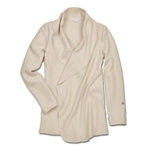 Sabine Sommeregger Walk-Blazer So haben Sie Wollwalk sicher noch nie erlebt: Super leicht und soft. Sanft fließend. Und modisch elegant.