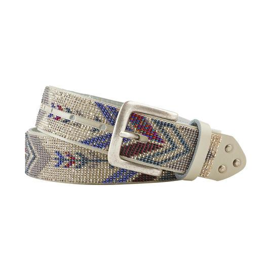 Das Perlenarmband im angesagten Ethno-Look, traditionell von Hand aufgefädelt. Vom Ethno-Spezialisten Smitten.