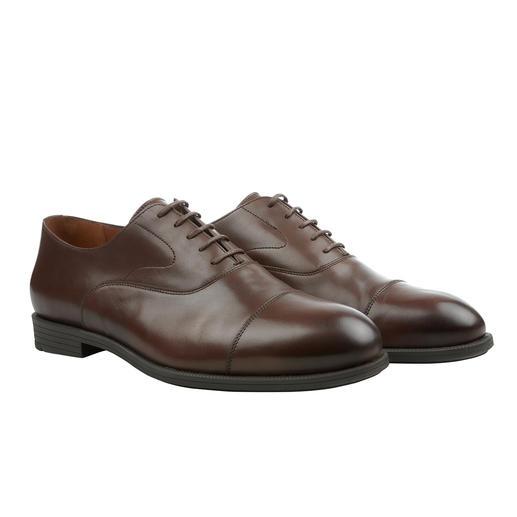 Der Business-Schuh mit dem Komfort eines Freizeit-Schuhs. Der Business-Schuh mit dem Komfort eines Freizeit-Schuhs. Von Fliteless/Norwegen.