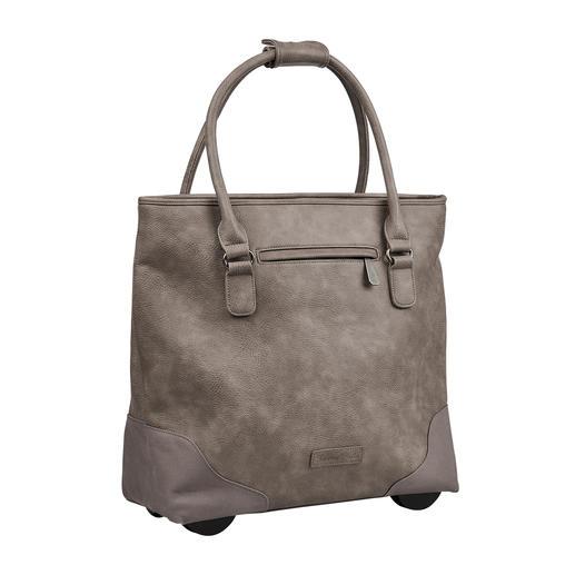 Immer elegant. Ausreichend groß. Nie zu schwer. Die XL-Shopper-Bag mit verborgener Trolley-Funktion. Immer elegant. Ausreichend groß. Nie zu schwer.