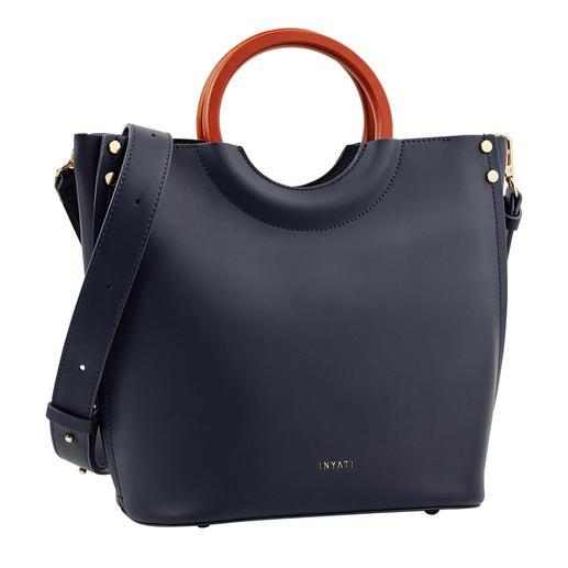 """Designpreis-verdächtig. Und doch erfreulich erschwinglich. Die elegante, puristische Handtasche von Inyati, dem deutschen """"Label to watch""""."""
