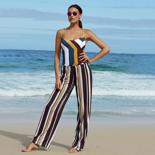 Marlene-Hose oder Shape-Badeanzug Streifen Schwer zu finden: Top-Figur plus modische Optik. Die perfekte Urlaubs-Kombi im aktuellen Sporty-Chic.