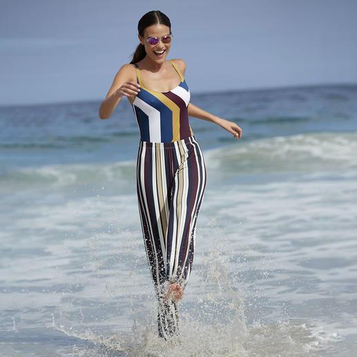 Shape-Badeanzug und Marlene-Hose