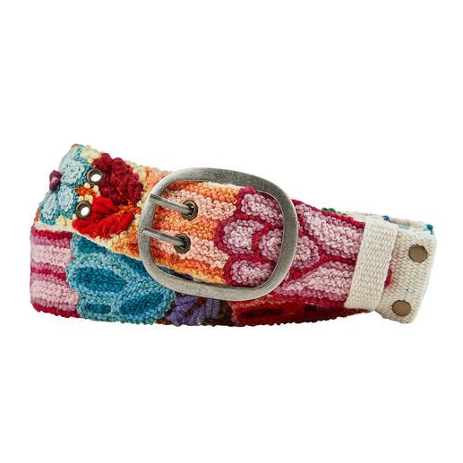 Bunte Ethno-Gürtel tragen jetzt viele. Bunte Ethno-Gürtel tragen jetzt viele. Diese handbestickten Unikate aus Peru haben Seltenheitswert.