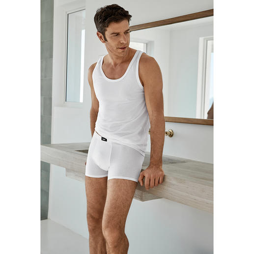 Unterhemd und Panty, Weiß