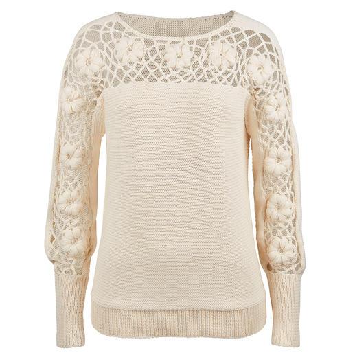 Eribé Blüten-Pullover - Kunstvoller als die meisten Blüten-Dekors: Plastisch und ausdrucksstark per Hand gehäkelt. Exklusiv für Fashion Classics.