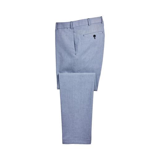 Die Hose aus Oxford-Gewebe - ideal für den Sommer und doch kaum zu finden. Angenehm luftig, weich und voluminös, dazu strapazierfähig.