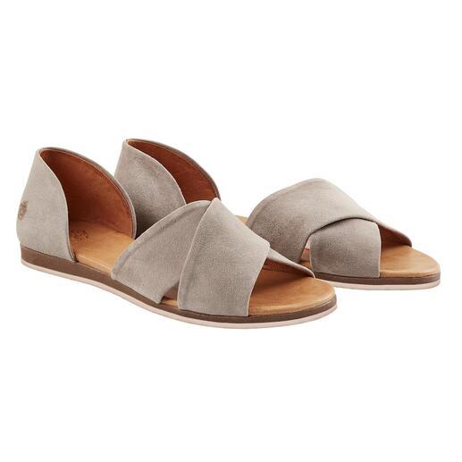Apple of Eden Kreuzbandagen-Sandale, Grau Modisch wichtig. Eleganter als die meisten. Und sehr fair kalkuliert.