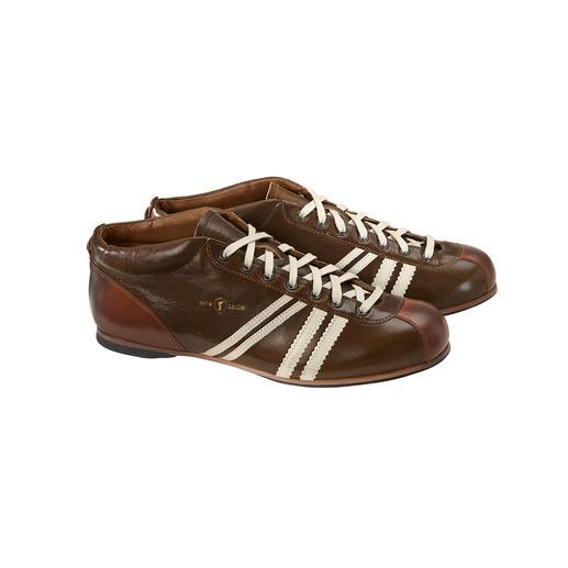 """Im Original-Design der 50er-Jahre: der DDR-Fußball-Schuh """"Liga"""" von Zeha. Im Original-Design der 50er-Jahre: der DDR-Fußball-Schuh """"Liga"""" von Zeha."""