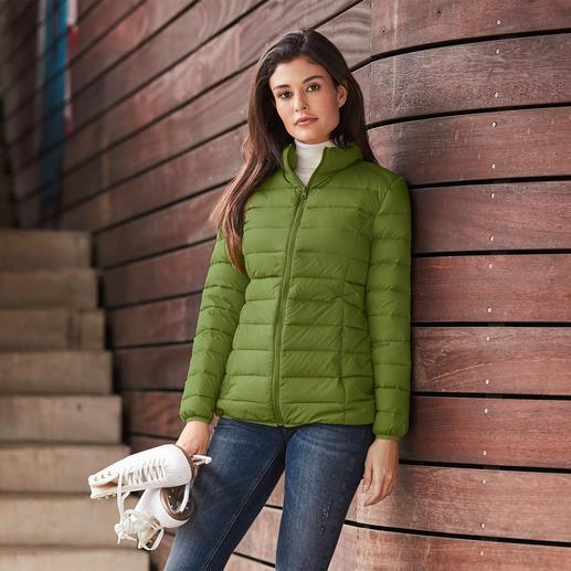 Recycling-Daunen-Damensteppjacke Viel Wärme. Wenig Gewicht. Und ein gutes Gewissen.