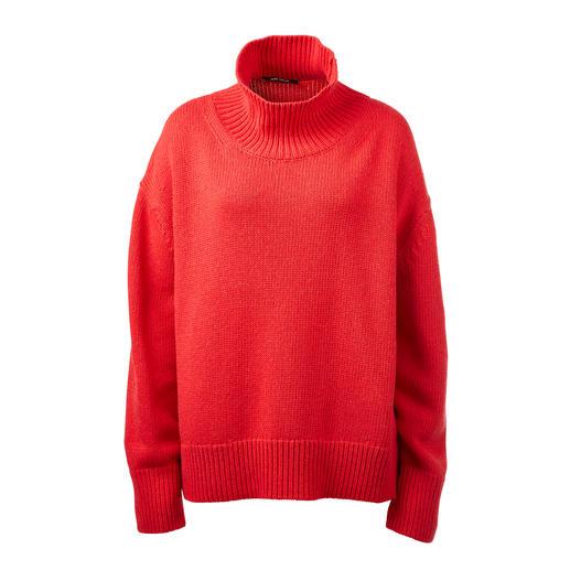 ZOE ONA Kaschmir-Sweater Angesagt oversized und mit trendgerechtem Turtleneck. In Rot und Natur.