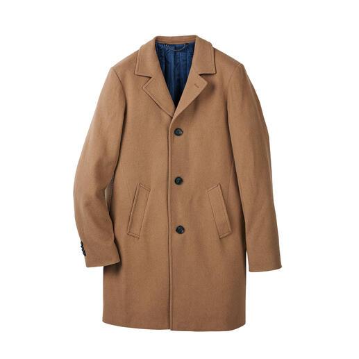 Der leichte, angenehm wärmende Mantel aus seltenem Kamelhaar. Elegant wie ein edles Sakko. Winterfest wie ein Outdoor-Parka.