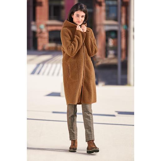 Betta Corradi Fake-Fur-Wendemantel Der erschwingliche Designermantel vom italienischen Fake-Fur-Spezialisten Betta Corradi.