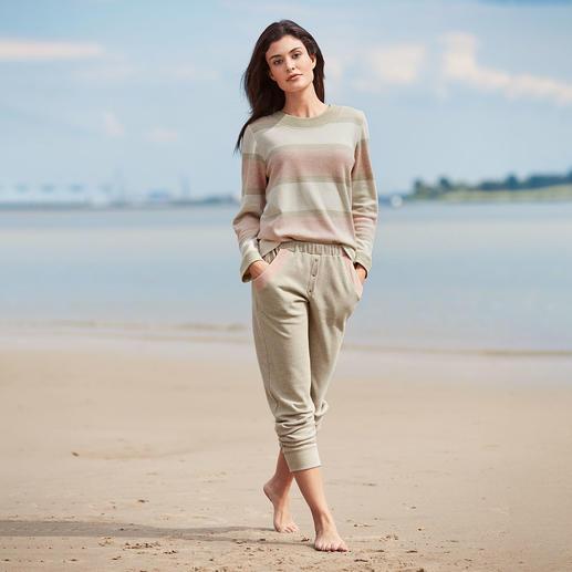 HFor Streifen-Sweatshirt und -Hose,  beige-meliert Der Loungewear-Anzug vom belgischen Newcomer-Label HFor.