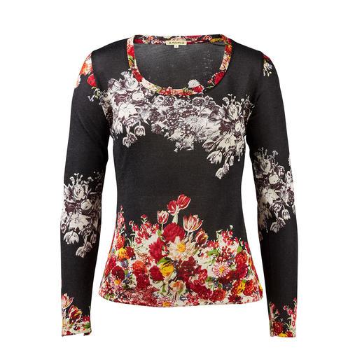 Pashma 30-Gauge-Blütenpullover, schwarz So luxuriös (und dennoch bezahlbar) sind die wenigsten modischen Print-Pullover. Von Pashma, Indien.