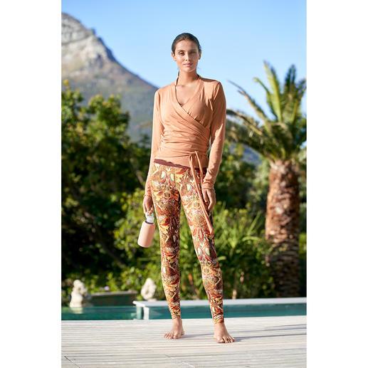 Mandala Wickeljacke, Top oder Leggings Die dreiteilige Loungewear-Kombination von Mandala, München.