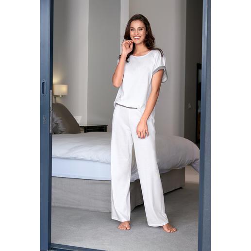 swiss+cotton Damen-Pyjama Selten: moderne, cleane Form. Und erlesene swiss+cotton-Qualität.