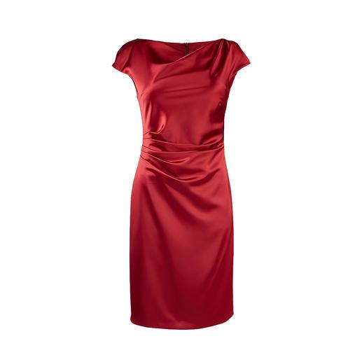 Das rote Shift-Kleid der deutschen Modemarke Swing. Blickfang. Figurschmeichler. Und Feel-Good-Garant für viele Anlässe.