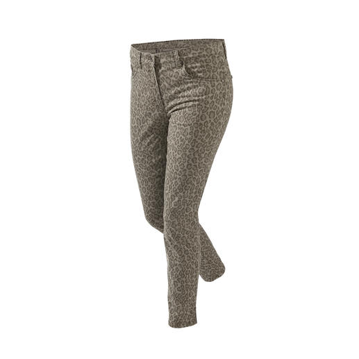 Die Zauberbund-Hose von RAPHAELA-BY-BRAX. Ihre wohl bequemste Hose: mit nicht sichtbarer Bundweiten-Reserve plus Power-Stretch-Effekt.