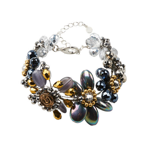 Aufwändig aus einzelnen Perlen handgearbeitet statt massengefertigt: Feiner und edler als viele modische Statement-Ketten- und Armbänder.