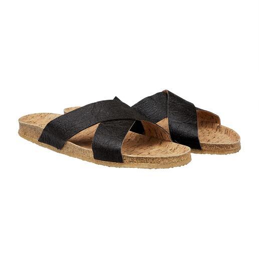 Die vegane Sandale mit bequemem Kork-Fußbett und flexibler, rutschfester Kautschuk-Sohle. Gut zur Umwelt. Und gut zu Ihren Füßen.