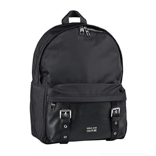 Der wirklich businesstaugliche Rucksack. Von Versace Jeans Couture. Für erschwingliche 270,– Euro.