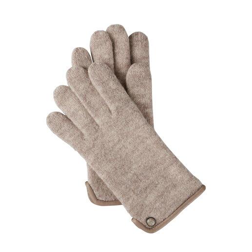 Viel weicher (und wetterfester) als übliche Woll-Handschuhe - dank edlem Walkstoff. Viel weicher (und wetterfester) als übliche Woll-Handschuhe - dank edlem Walkstoff.