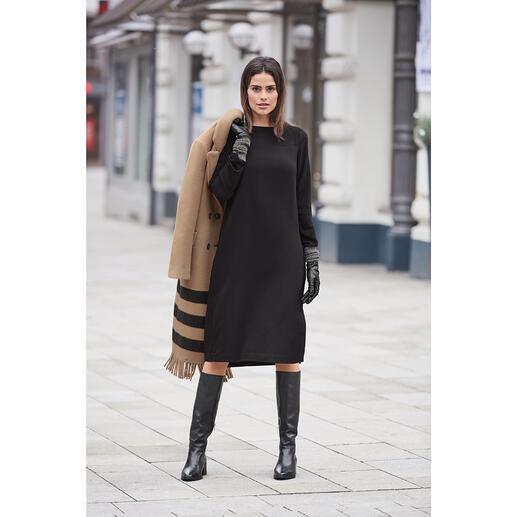 Das 24-Stunden-Little Black Dress. Elegantes Kombi-Wunder aus robustem, knitterarmem Wohlfühl-Material. Von European Culture, Italien.