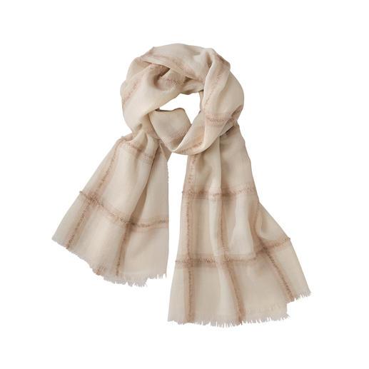 Der leichte, weiche (und stilvoll dezente) unter den modischen Karo-Schals. Eine exquisite Rarität aus einfädigem Baby-Alpaka mit eingewebtem Bouclé-Garn.
