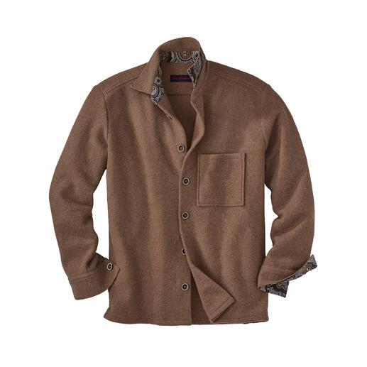 Jetzt im Trend: Workwear-Klassiker Overshirt. Jetzt im Trend: Workwear-Klassiker Overshirt. Neuester Stand: mehr Leichtigkeit durch seltenes Alpaka.