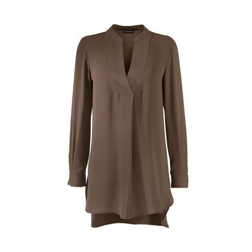 Edel wie eine Seidenbluse – aber mindestens so unkompliziert wie ein Shirt. Die Tunikabluse von Janice & Jo. Edel wie eine Seidenbluse – aber mindestens so unkompliziert wie ein Shirt.