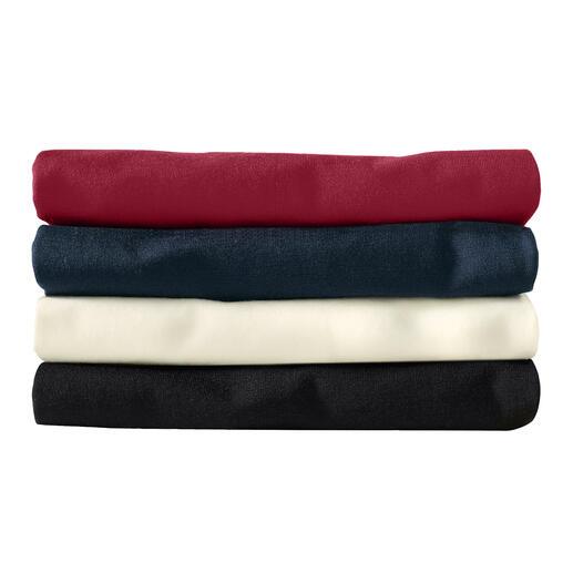 Rot, Navy, Wollweiß, Schwarz