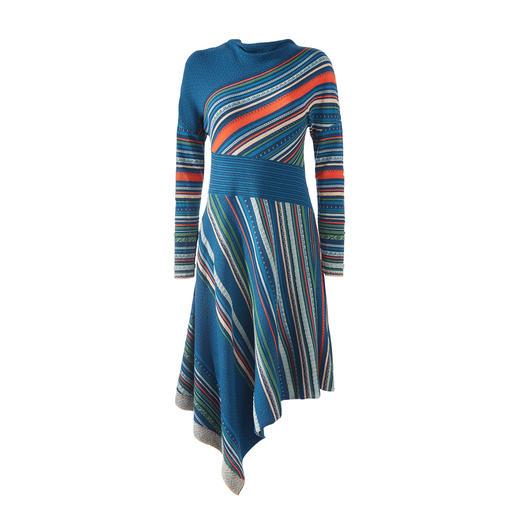 Das Jacquard-Strickkleid in außergewöhnlicher Farb- und Muster-Vielfalt. Von IVKO,  eine Rarität gefertigt in Serbien.