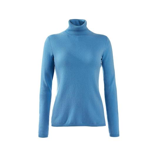 Luftig wie ein Shirt. Aber aus feinstem flaumweichen Kaschmir. Luftig wie ein Shirt. Aber aus feinstem flaumweichen Kaschmir.