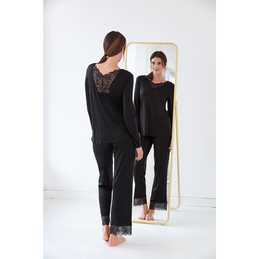 Hanro Spitzen-Pyjama Mit femininen Spitzeneinsätzen verziert: das elegante Couture-Piece unter Ihren Pyjamas.