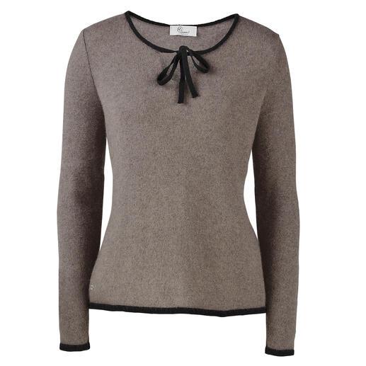 Seltenes neuseeländisches Possum-Haar macht diesen Pullover so warm, weich und leicht. Seltenes neuseeländisches Possum-Haar macht diesen Pullover so warm, weich und leicht.