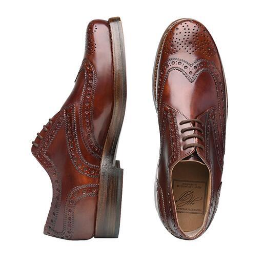 Der Budapester aus weichem, toskanischem Kalbleder. Sorgfältig noch von Hand gefertigt. Ein Meisterwerk der Schuhmacherkunst. Von Heinrich Dinkelacker.