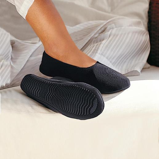 Die Hausschuhe für Ihre Reise oder für Ihre Mußestunden zu Hause - sind so bequem wie barfuß laufen. Unendlich haltbar und auch nach vielen Reisen und Wäschen wie neu.