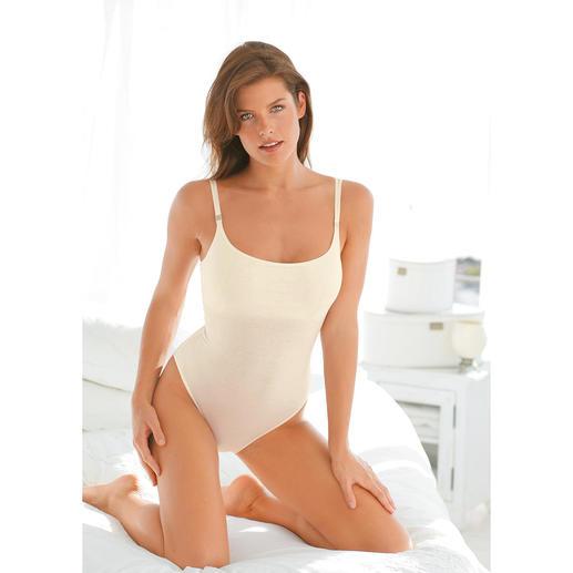 """Shelf-Bra-Wäsche Diese Wäsche aus seidenweichem Meryl® formt und stützt mit unsichtbarem """"Shelf-Bra""""."""