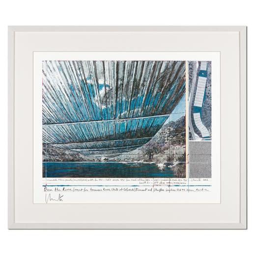 Christo – Over The Arkansas River, Project U - Christos umstrittenes Projekt. Handsignierte Granolithografie. Die letzten 25 von 100 Exemplaren – exklusiv im Pro-Idee Kunstformat.