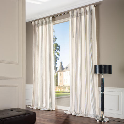 """Vorhang """"Joe"""", 1 Vorhang Imposante 3,30 Meter lang. Perfekt für hohe Fenster, großzügige Altbauwohnungen und Lofts."""