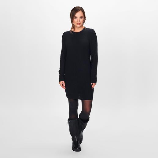 FTC Kaschmir-Strickkleid Fashion forward: Strickkleider. Rippenstrick. Rückenausschnitte. Am besten aus reinem Kaschmir. Von FTC Cashmere.