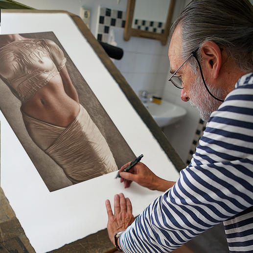 Willi Kissmer in seinem Atelier.